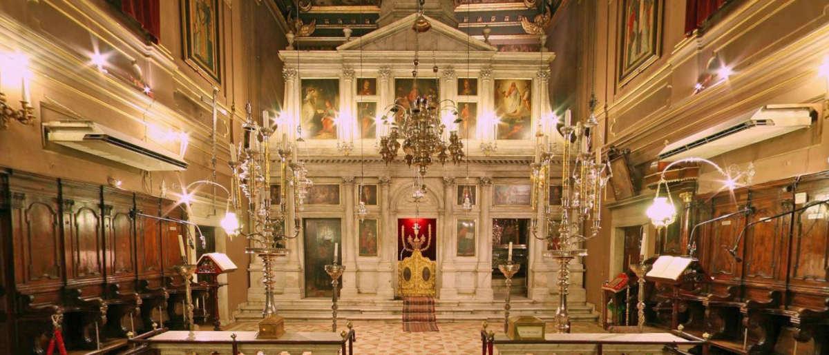 Храм в городе Керкира